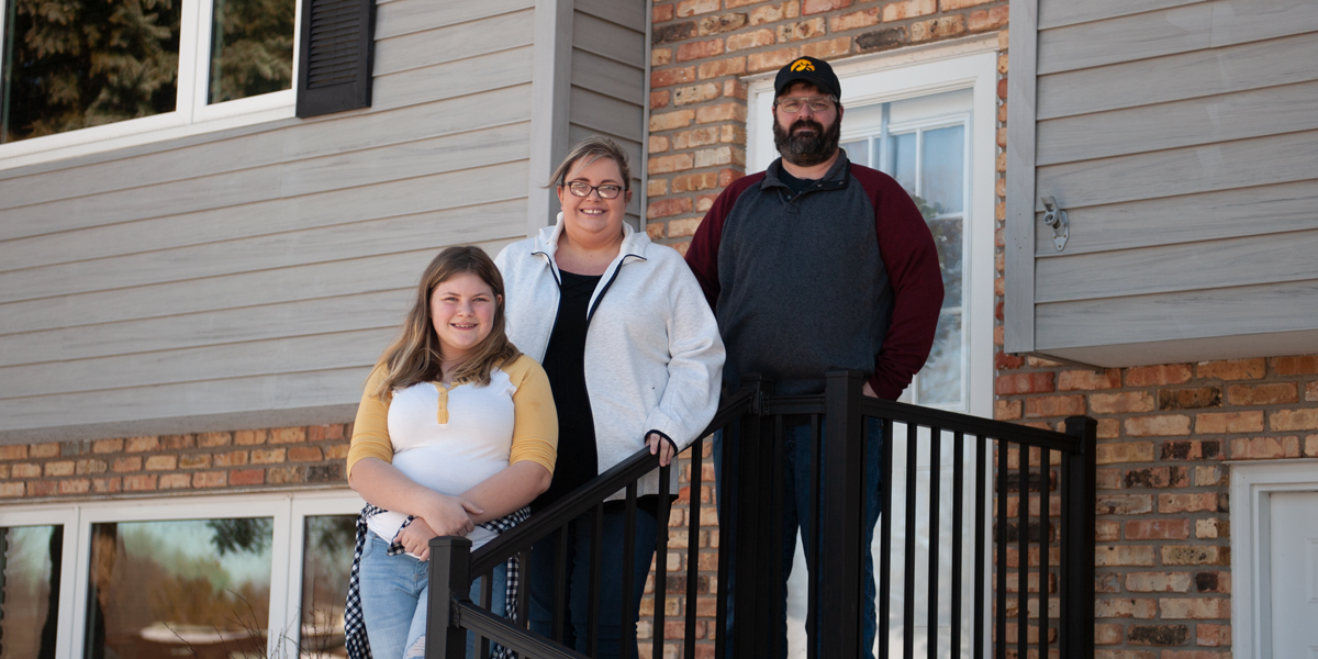 Members Stephanie And Jason Bergfeld Settle Into Their New Home With Daughter, Natalie, In Dubuque, Iowa. (M. Blondin/Dupaco Photo)